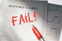 रिपोर्ट कार्ड के हर पृष्ठ पर 'फेल' लिखा है