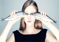 आंखों की रोशनी बढ़ाने के लिए डाइट में शामिल करें ये 5 सुपरफूड्स