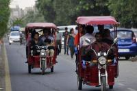 दिल्ली में जानलेवा साबित हो रहे ई रिक्शा