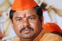 बीजेपी विधायक ने कहा- हिंदू विरोधी पार्टी के प्रोटेम स्पीकर के सामने नहीं लूंगा शपथ