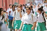 नौवीं कक्षा की परीक्षा में फिसड्डी साबित हो रहे छात्र