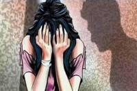 नाबालिग बेटी से दुष्कर्म का आरोपी गिरफ्तार