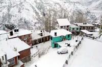 एक दिन धूप खिलने के बाद फिर बदला मौसम का रंग, रोहतांग व लाहौल में हिमपात शुरू