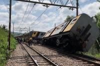 दक्षिण अफ्रीका में ट्रेनों की टक्कर, 3 की मौत 300 घायल