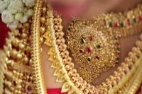 शादी-विवाह के सीजन की लिवाली से सोना 110 रुपए मजबूत, चांदी 300 रुपए चढ़ी