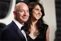 दुनिया के सबसे अमीर शख्स जेफ बेजोस देंगे अपनी पत्नी मैकेंजी को तलाक, ट्वीटकरदी जानकारी