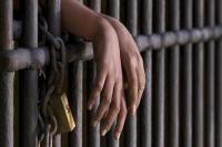 सिपाही की वर्दी फाड़ी, सरकारी गाड़ी का शीशा तोडऩे वाले को जेल