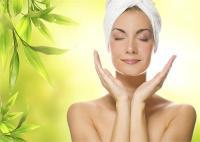 त्वचा निखारने में मदद करेगा ग्लिसरीन, यूं करें इस्तेमाल