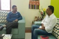 केजरीवाल से मिले अभिनेता प्रकाश राज, विभिन्न मुद्दों पर हुई चर्चा