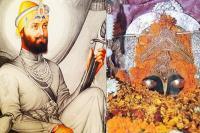 गुरु गोबिंद सिंह जी के पास थी भवानी मां की तलवार, 1 साल की थी तपस्या
