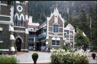 नैनीताल HC ने निलंबित IAS की जमानत मामले में सरकार से मांगा जवाब