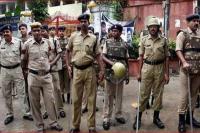 राजस्थान पुलिस पर लाठी डंडों से हमला, वर्दी फाड़ी