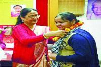 हिंदी रचना 'बेटी' के लिए इलाहाबाद में सम्मानित होगी पूनम