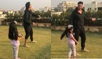 मकर संक्रांति पर बेटी संग पतंग उड़ाते दिखे अक्षय, वीडियो शेयर कर कहा- daddy's little helper