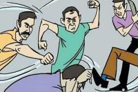 पंचायती नाला तोड़े जाने को लेकर झगड़ा, चाचा-भतीजा घायल