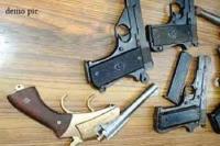 समता एक्सप्रेस से हथियारों का जाखीरा बरामद, यूपी में होना था सप्लाई