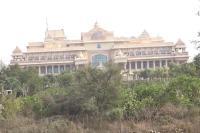 हरियाणा के रिसार्ट में ठहरे हैं कर्नाटक के BJP विधायक, सियासी हलचल तेज