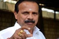 कर्नाटक में जारी घमासान पर बोले सदानंद गौड़ा, सरकार गिरी तो भाजपा पेश करेगी दावा