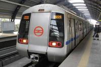 राजीव चौक स्टेशन पर मेट्रो के आगे कूद कर शख्स ने खुदकुशी की