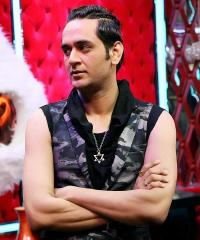 फैशन शो में पहुंचे विकास गुप्ता ने दिया विवादित बयान, बोले-''भारत एक दोगला देश...''