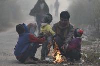 दिल्ली में ठंड का सितम, 14 दिन में हुई 96 बेघरों की  मौत