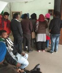 सेहत विभाग की तरफ से लगाई गई बॉयोमैट्रिक मशीनें कर्मचारियों के लिए बनी मुसीबत