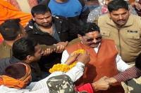 लोकसभा चुनाव: मुंगेर में रोड शो कर अनंत सिंह दिखा रहे ताकत, समर्थकों में भारी उत्साह