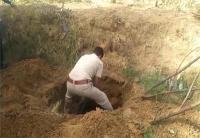 खेत में पिता को बुलाने गई बच्ची का जमीन में गड़ा मिला शव, रेप के बाद हत्या की आशंका