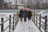 बर्फबारी के बाद देश से कटी कश्मीर घाटी, हवाई और सडक़ संपर्क दोनो बंद