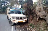 कांगड़ा में 4 सड़क हादसे, एक की मौत-3 घायल