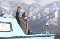 मिशन कश्मीर पर पीएम मोदी, डल झील का उठाया लुत्फ(Video)