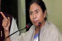 मोदी सरकार के खिलाफ धरने पर बैठीं ममता बनर्जी
