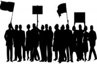 स्कूल अपग्रेड करने की मांग को लेकर छात्रों ने दिया धरना, राजमार्ग पर किया चक्का जाम