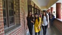 आर्थिक रूप से पिछड़े वर्ग के छात्रों की 10% सीटें बढ़ी
