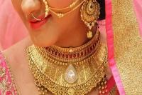 सोना 25 रुपए सस्ता, चांदी 320 रुपए लुढ़की