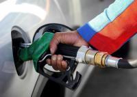पेट्रोल की कीमतें आज भी स्थिर, 3 दिन बाद महंगा हुआ डीजल