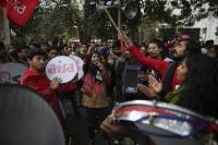 छात्रों ने नौकरी, शिक्षा के मुद्दे को लेकर दिल्ली में निकाला मार्च