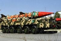 पाकिस्तान बढ़ा सकता है अपना रक्षा बजट