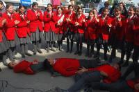कठुआ में विद्यार्थियों ने लघु नाटक से दिया सडक़ सुरक्षा सप्ताह का संदेश