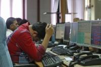 शेयर बाजार के लुढ़कने से निवेशकों को लगा 1.67 लाख करोड़ रुपए का चूना