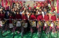 शिक्षा मंत्री सोनी ने माई भागो स्कीम के तहत 373 साइकिल किए वितरित