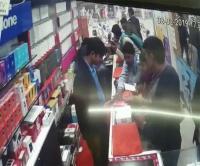 युवक ने 2 मिनट में दिया मोबाइल चोरी की घटना को अंजाम, वारदात CCTV में कैद