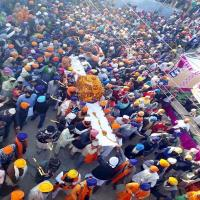 गुरु गोबिंद सिंह जी के विवाह उत्सव में उमड़ी श्रद्धालुओं की भीड़(Video)