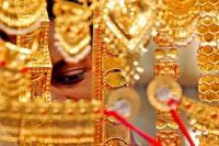 सोना 55 रुपए टूटा, चांदी 150 रुपए फिसली