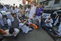चिटफंड घोटाले के खिलाफ प्रदर्शन, 59 कांग्रेसी कार्यकर्ता गिरफ्तार