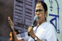 दिल्ली: AAP की रैली में शिरकत करेंगी ममता, स्वागत में लगे पोस्टर-मुस्कुराइए आप लोकतंत्र में हैं