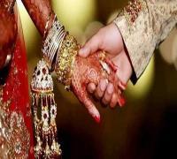 Love Marriage पड़ी भारी: तारीख भुगतने आए युवक पर लड़की के परिवार ने किया हमला, चले ईंट-पत्थर