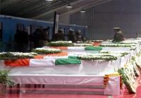 दिल्ली लाए गए शहीदों के शव, PM मोदी और राहुल गांधी ने दी श्रद्धांजलि