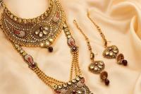 सोना 140 रुपए चमका, चांदी 430 रुपए महंगी