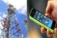 कश्मीर के कई हिस्सों में मोबाइल इंटरनेट सेवा बंद